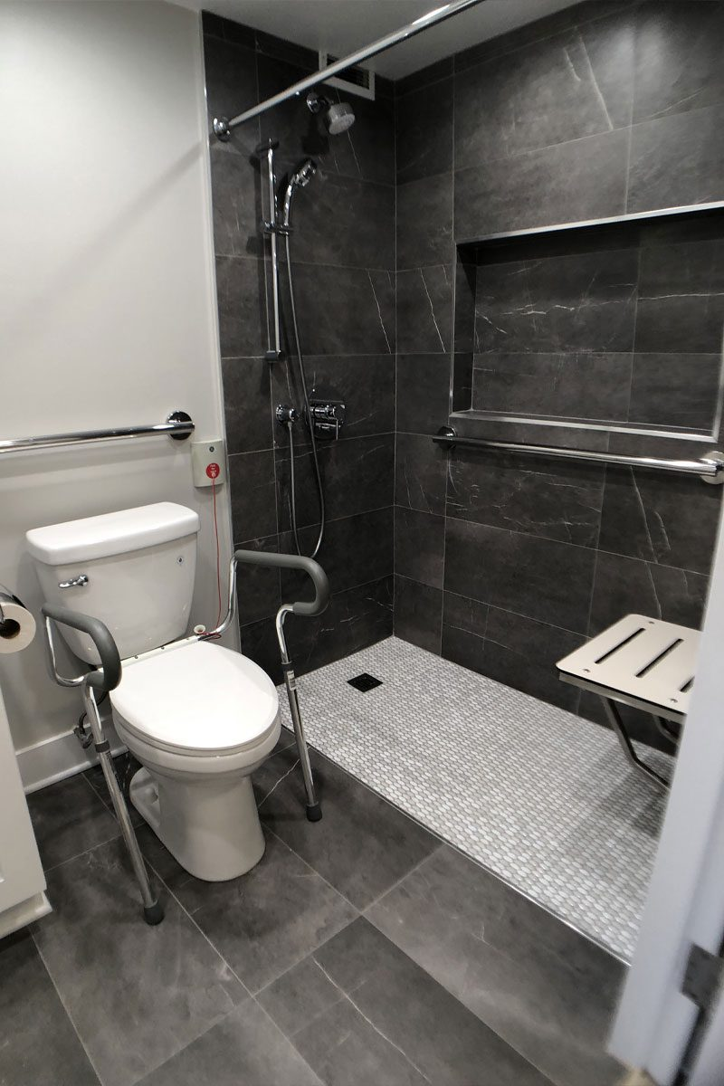 Jewish Senior Living Apartments - The Selfhelp Home Chicago - ADA-ABA Accessible bathroom